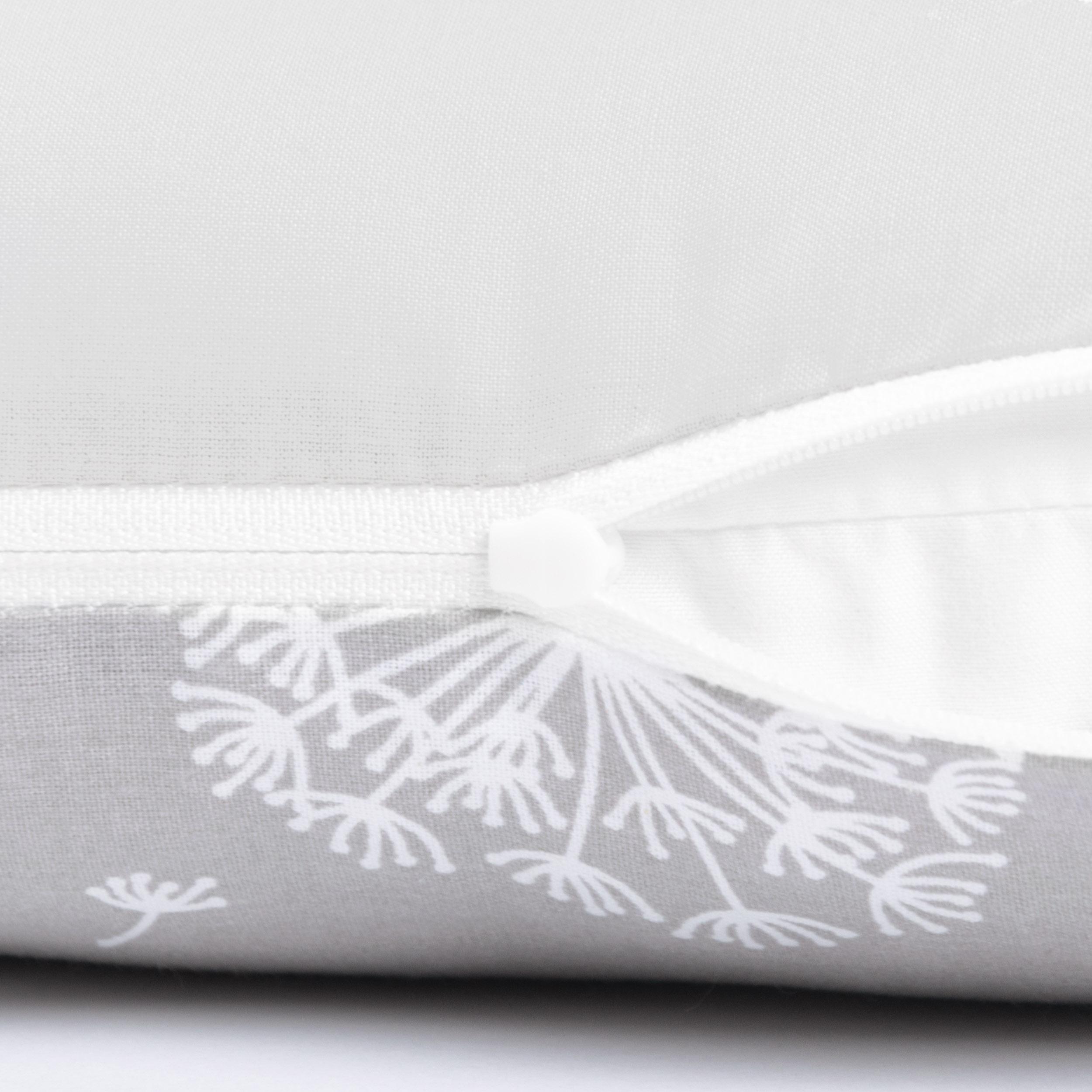 Kissen 40 x 20 cm mit Namen Datum Pusteblume Grau Hellgrau
